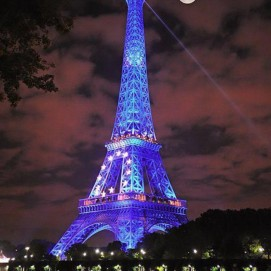 TORRE EIFFIEL -PARIS-